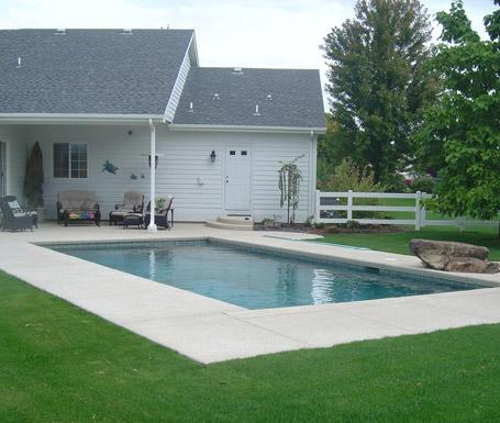 Custom pool deck design idaho spa pool construction for Pool design boise